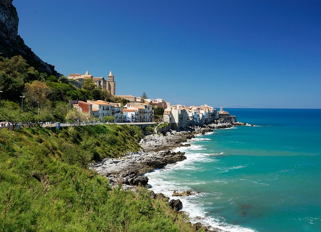 Cefalù – The Vibrant And Bustling Fishemans Village